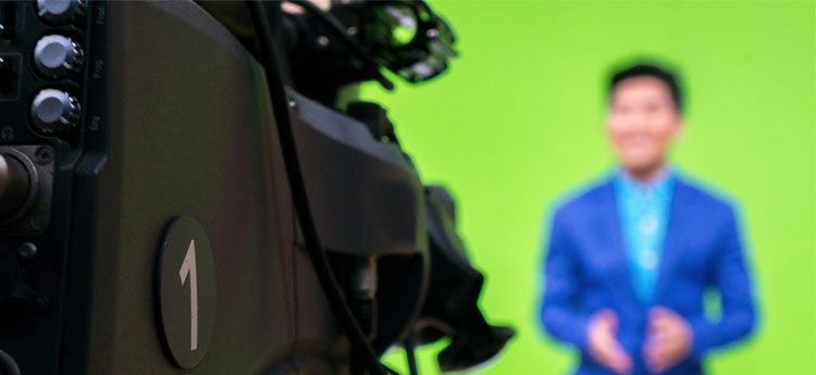 Make use of a green screen at OnlineSeminar webinar